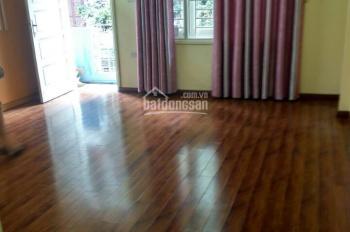 Cho thuê căn nhà trong ngõ 185 Đặng Tiến Đông rộng 60m2 x 5 tầng, ngõ ô tô qua lại, giá 18 tr/th