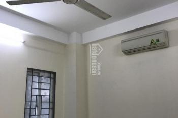 Cho thuê phòng mới đẹp ngõ 168 Hào Nam - Cát Linh 15m2 tiện nghi 2,5 - 3 tr/th