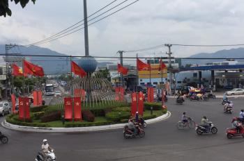Chính chủ cần bán nhà ở ngã tư vòng xuyến Lê Hồng Phong giao Nguyễn Đức Cảnh thuận tiện kinh doanh