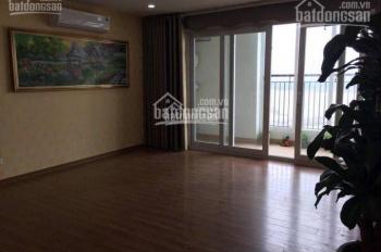 Chính chủ bán lại suất ngoại giao căn góc 134m2 view Sông Hồng tòa UDIC 122 Vĩnh Tuy, giá rất rẻ