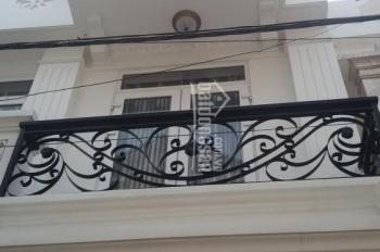Chính chủ cần bán nhà 1 trệt ba lầu ngay UBND phường Hiệp Bình Phước