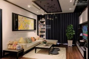 Bán căn hộ chung cư Royal City 133m2 có nội thất, căn góc tầng 22 tòa R5 Royal City; LH: 0972217829