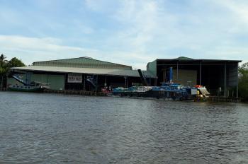 Bán nhà xưởng kho Gạo mặt tiền sông Măng Thít và đường bộ tỉnh lộ 901, LH: 0939869898