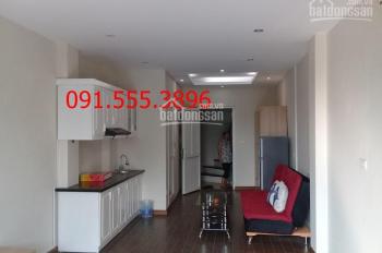 Cho thuê căn hộ phố Trấn Vũ, gần Châu Long