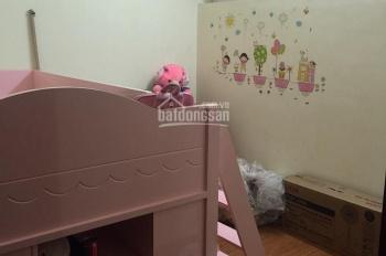 Bán CHCC Dương Nội rộng 54m2, có đủ nội thất, giá 900tr/căn. LH: 0329509999