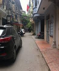 Bán nhà mặt ngõ thông phố Tây Trà, 31m2 * 5T, ô tô đỗ cửa, 2.2 tỷ có thương lượng. LH: 0961579262