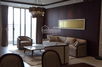 Bán căn hộ cao cấp chung cư Vinhomes Nguyễn Chí Thanh, căn góc 138m2, 3PN, sổ đỏ CC, LH: 0936372261