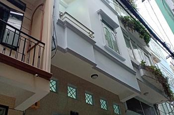 Cho thuê nhà nguyên căn 3PN, Trần Khắc Chân, Q1. LH: 0938388183