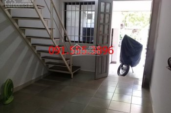 Cho thuê căn hộ phố Hoàng Hoa Thám