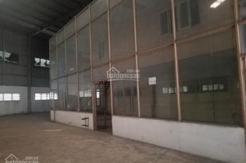 Cho thuê kho Bến Lức, Long An DT 400m2, mặt tiền Quốc Lộ 1A, có sân 1000m2, điện 3 pha, văn phòng