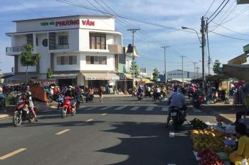 Bán đất mặt tiền chợ khu phố thương mại LH: 0907062497