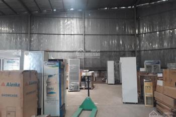 Chính chủ LH: 0909 628911 cho thuê kho xưởng Quận 7 DT: 500m2 số 2 Đào Trí, giá rẻ 74 nghìn/m2/th