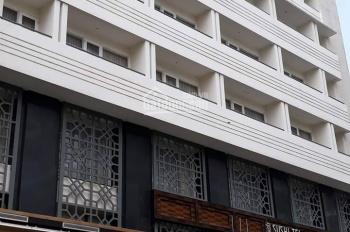 Bán gấp khách sạn 8 tầng, thang máy thu nhập 400tr/th mặt tiền Calmette, Quận 1. LH 0939292195