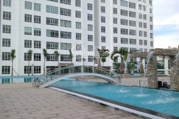 Cho nữ thuê giường tầng mô hình ký túc xá có hồ bơi chuẩn khách sạn 3 sao