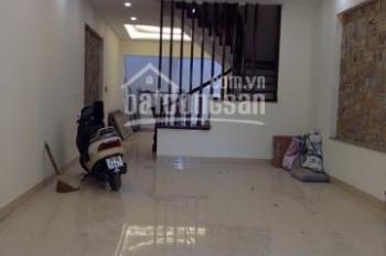 Cho thuê nhà liền kề khu đô thị mới Văn Khê, DT 82,5m2 x 4 tầng, MT 5m