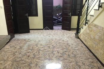 Nhà riêng ngõ phố Võ Thị Sáu, Thanh Nhàn, DT 45m2 x 4 tầng + 1 tum, giá 13 tr/th