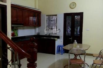 Cho thuê nhà nguyên căn ở hộ gia đình tại Long Biên, Hà Nội