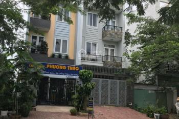 Cho thuê nhà nguyên căn mặt tiền đường lớn 20m khu dân cư 13E Phong Phú Bình Chánh giá rẻ