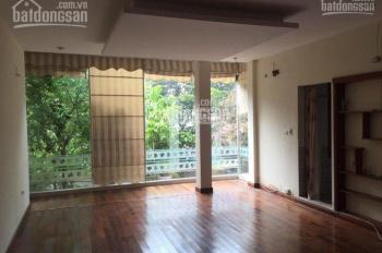 Sàn VP Hoàng Minh Giám cần cho thuê gấp 30m2 giá 5tr/th, ô tô đỗ cửa, nhà mới xây, sàn gỗ, ban công