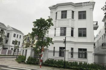 CC bán gấp biệt thự Nguyệt Quế 10-30, view club house và hồ, 23,5 tỷ. LH Mr Quang: 0913.895.183
