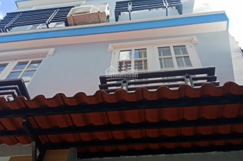 Kẹt tiền bán nhà gấp. Hẻm 108 Trần Quang Diệu, Phường 14, Quận 3. Giá 3 tỷ 9 - LH 0901810725