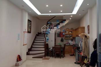 Bán nhà ngõ Quan Nhân, Thanh Xuân, 26m2/33m2 x 4 tầng mặt tiền 5m, giá 2.2 tỷ
