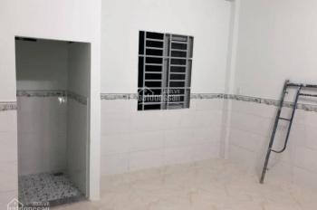 Cho thuê nhà 1 trệt 1 lầu, giá 6tr/th, KDC Phú Hòa, Thủ Dầu Một, Bình Dương