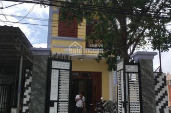 Bán nhà 1 lầu 1 trệt, sân xe hơi thuộc đường Đỗ Tấn Phong