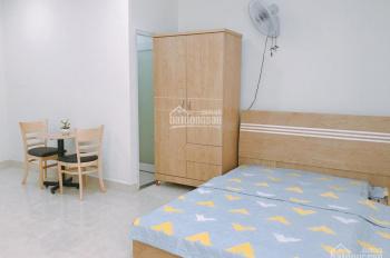 Phòng studio đầy đủ tiện nghi có sẵn kệ bếp, thang máy ngay gần CV Lê Thị Riêng 4,9 triệu/th 20m2
