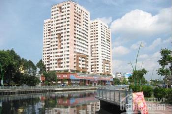 Cần bán căn hộ chung cư Screc, 2 phòng ngủ, 76 m2, giá 3,1 tỷ. LH: 0907317759 A Hưng