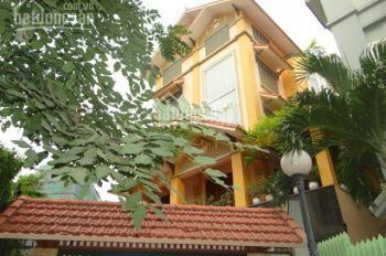 Cho thuê biệt thự đẹp Làng Quốc Tế Thăng Long, Cầu Giấy, Hà Nội, DT 180m2, 4 tầng