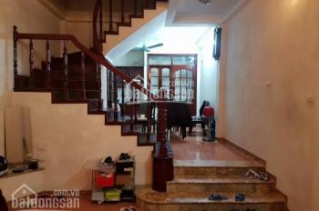 Cho thuê nhà riêng ngõ 116 phố Nhân Hòa, phường Nhân Chính, DT: 60m2 x 4 tầng, giá 15 tr/th