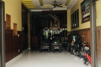 Cho thuê nhà 2/6 Thăng Long gần ngã tư Bảy Hiền. 5x15m