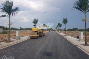 Đất mặt tiền đường lớn 30m cách chợ Hóc Môn 3km, giá 1,3 tỷ, SHR xây dựng tự do, thổ cư 100%