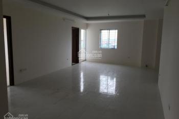 Bán căn hộ chung cư CT2 Yên Nghĩa, sau bến xe. Thông sang Tố Hữu, 11tr/m2