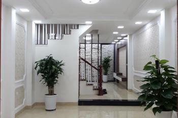 Bán nhà PL Trích Sài, Tây Hồ DT 50m2 x 5 tầng, giá 6.5 tỷ, ô tô đỗ cổng