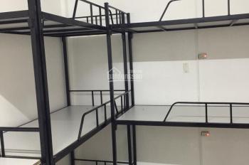 Phòng KTX mới thoáng mát và có máy lạnh chỉ từ 500 nghìn/tháng trên đường 3/2, Q. 10