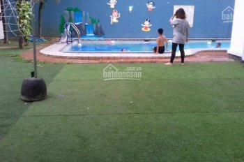 Cho thuê villa cao cấp có hồ bơi, sân vườn 2000m2 Đường 12, Bình An