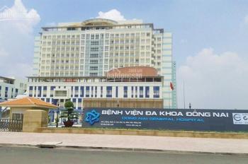 Bán gấp 500m2 nhà đất ở đô thị, đối diện bệnh viện Đồng Nai, cách đường Đồng Khởi 50m, 0979202053