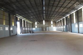 Cho thuê nhà xưởng P. Thạnh Lộc, Quận 12, DTKV: 1600m2, DTXD: 1200m2 giá 55tr/th. LH: 0944.977.229