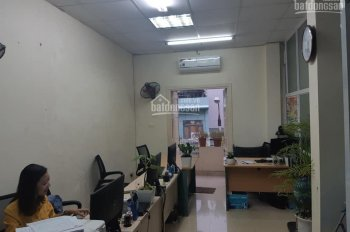 Mình còn 1 phòng 3.5tr cho 3 - 4 người làm việc tại tòa nhà văn phòng mặt phố Trung Kính - Cầu Giấy