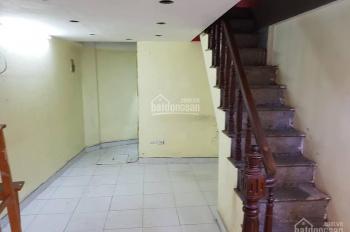 Cần cho thuê nhà ngõ Thông Phong, 5 tầng, 3 phòng ngủ