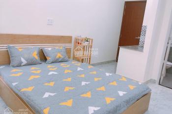 Phòng đầy đủ tiện nghi có kệ bếp ngay cầu Thị Nghè, Nguyễn Cửu Vân, Q. Bình Thạnh, 30m2 - 6.5tr/th