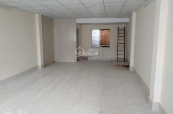 Cho thuê nhà riêng tại ngõ 61 Bằng Liệt, Linh Đàm, LH 0949519724