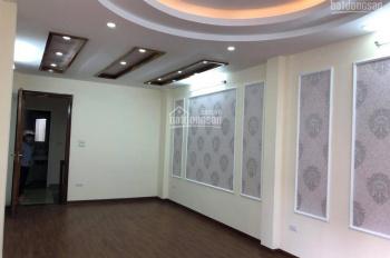 Cần bán nhà ngõ 467 Lĩnh Nam, Hoàng Mai, Hà Nội, DT 33m2 * 5 tầng, giá 2.1 tỷ có TL. LH: 0962552279