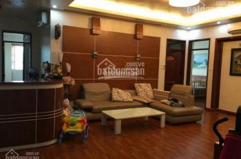 Cho thuê chung cư penthouse 24T2 Hoàng Đạo Thúy 204m2, 3 PN, full đồ 25tr/th - LH: 0916 24 26 28