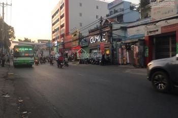 Cho thuê nhà góc 2 mặt tiền 75 Lê Văn Việt, Quận 9, ngay Vincom