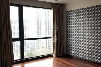 Bán căn hộ 55m2 ban công ĐB toà R6 Royal City, 2,8 tỷ. Call: 0936166608