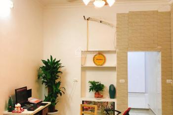 Bán căn hộ tập thể tầng 1 Phố Lò Đúc, Hai Bà Trưng 70m2, cách đường ô tô 10m, giá 1,5 tỷ