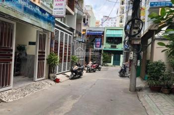Bán đất hẻm 24 Hùng Vương, thích hợp xây khách sạn giá 20 tỷ, diện tích 169m2, LH: 0935861941